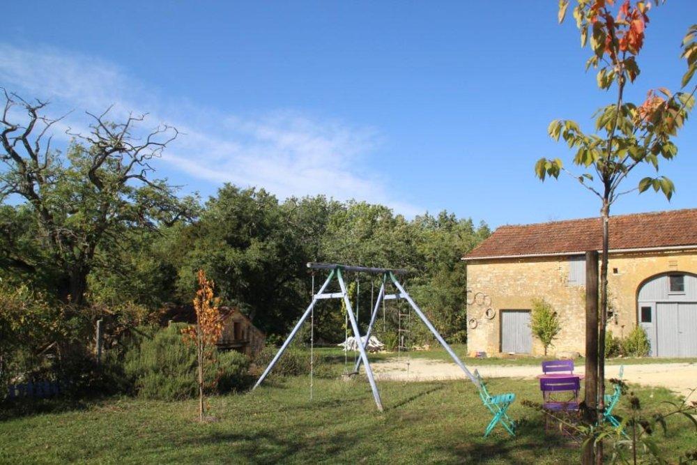 Aire camping-car à Campagnac-lès-Quercy (24550) - Photo 3